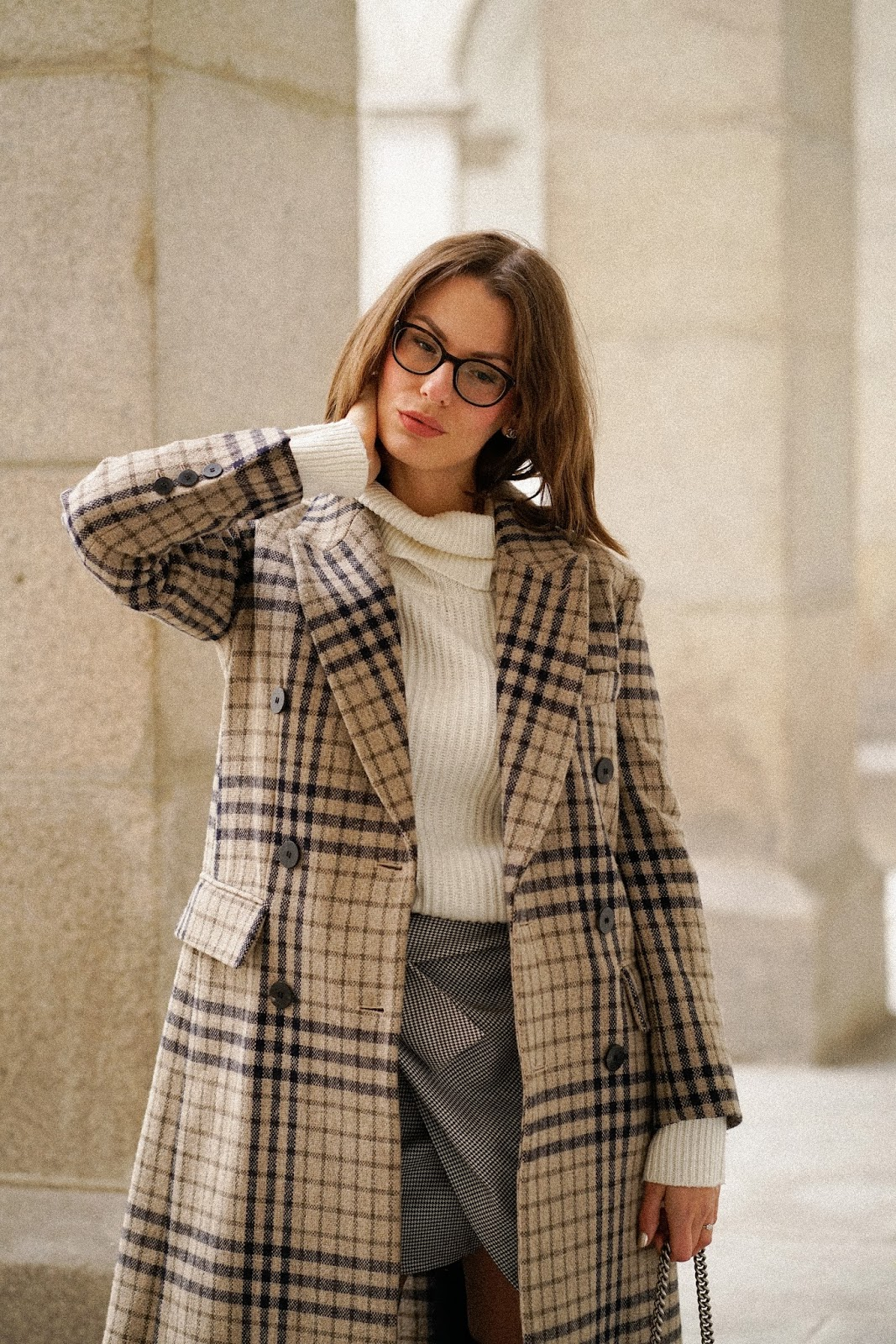READY FOR AUTUMN: OVERKNEES AND CHECKS